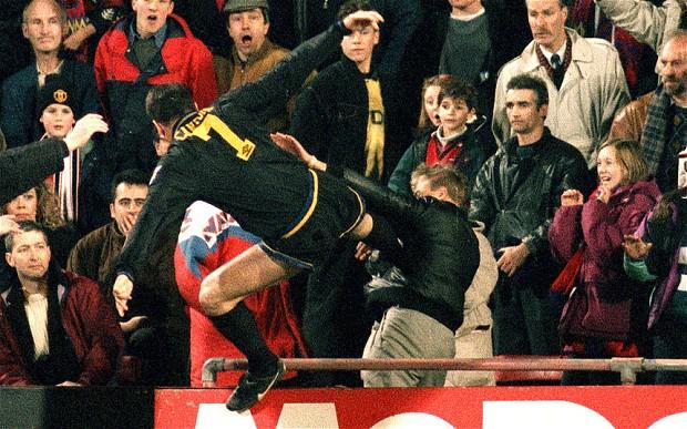 Áo đấu Manchester United 1993-1995 away shirt jersey black