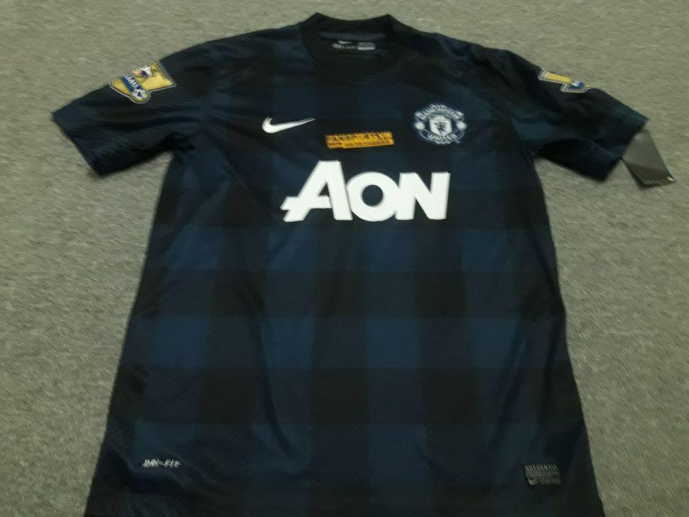 Áo đấu Persie #20 Manchester United 2013-2014 away shirt jersey blue
