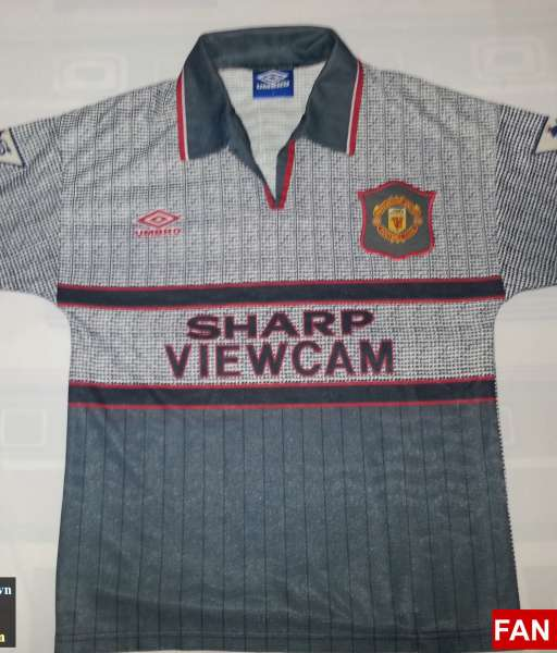 Áo đấu Giggs #11 Manchester United 1995-1996 away shirt jersey grey