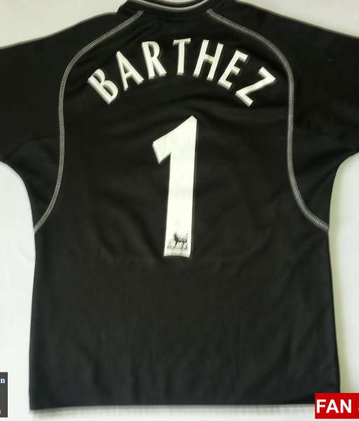 Áo Barthez #1 Manchester United 2000-2002 home goalkeeper shirt jersey