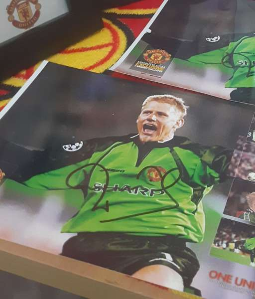 Ảnh chữ ký Peter Schmeichel Manchester United sign photo