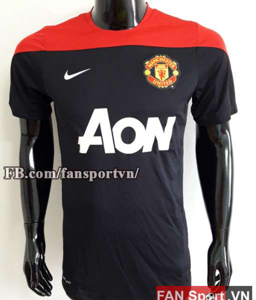 Áo tập Manchester United 2013-2014 training shirt jersey black