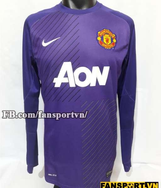 Áo thủ môn Manchester United 2013-2014 third goalkeeper purple
