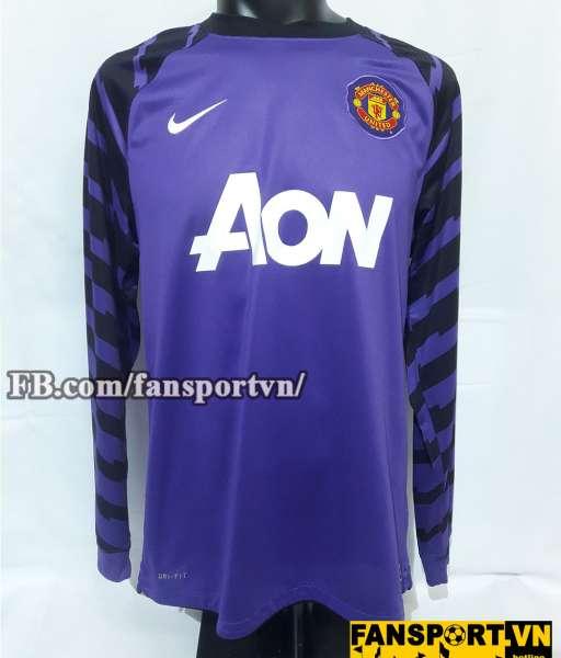 Áo thủ môn Manchester United 2010-2011 home goalkeeper purple