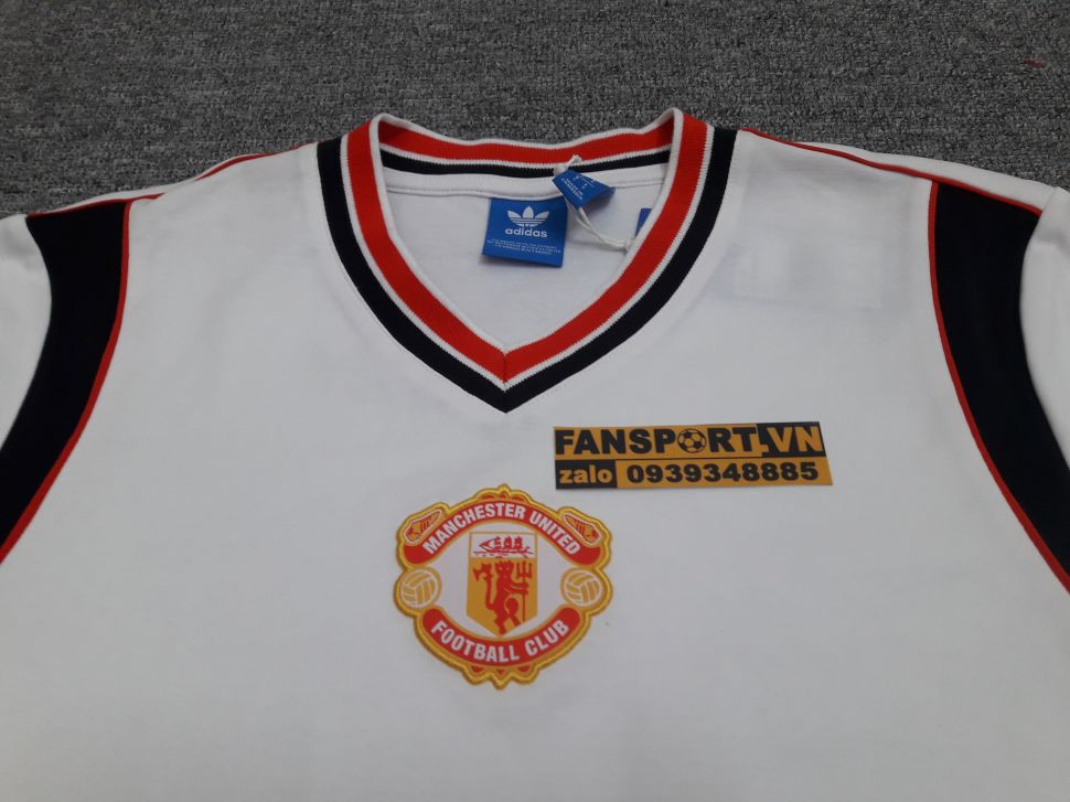 d53639f4aea Áo đấu retro Manchester United 1984-1986 away shirt jersey white ...