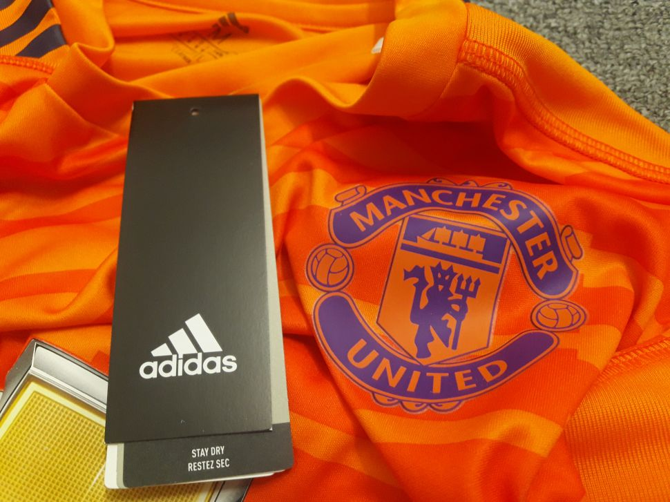 Áo thủ môn Manchester United 2018-2019 third goalkeeper orange
