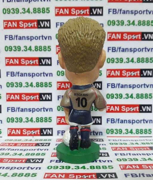 Tượng Dennis Bergkamp Arsenal 2001-2002 away - corinthian PRO536