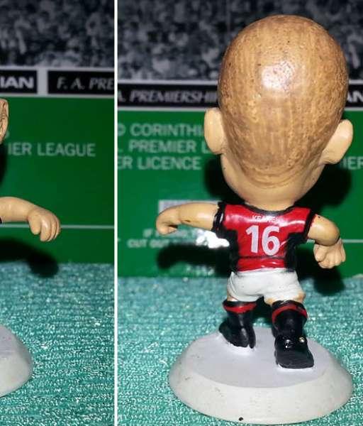 Tượng Roy Keane Manchester United 2002-2004 home - microstars