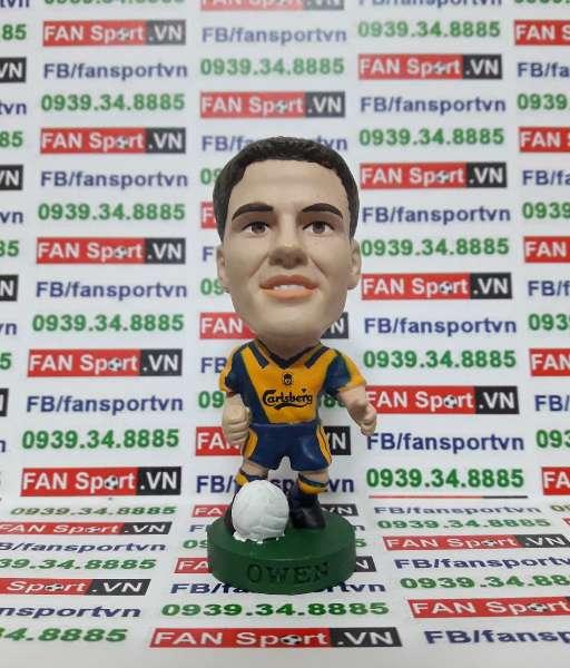 Tượng Michael Owen Liverpool 2000-2002 away - corinthian PRO359