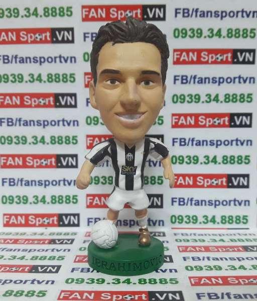 Tượng Zlatan Ibrahimovic Juventus 2004-2005 home corinthian PRO1162