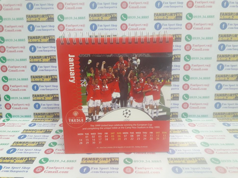 Lịch Manchester United 2019 Treble Winners 1999 calendar desk