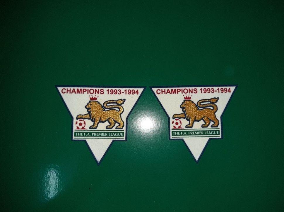 Patch F.A. Premier League 1993-1994 Champions badge gold