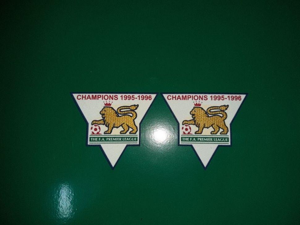 Patch F.A. Premier League 1995-1996 Champions badge gold