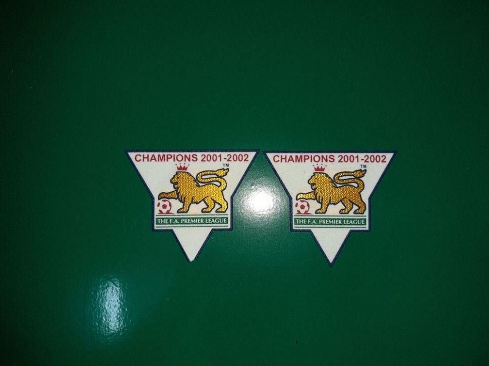 Patch F.A. Premier League 2001-2002 Champions badge gold