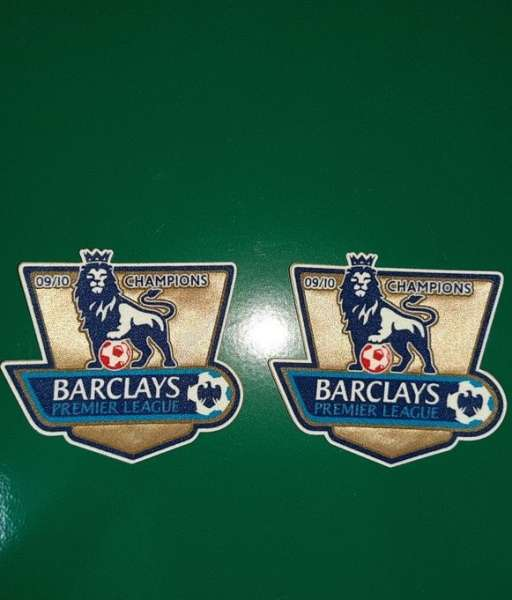 Patch F.A. Premier League 2009-2010 Champions badge gold