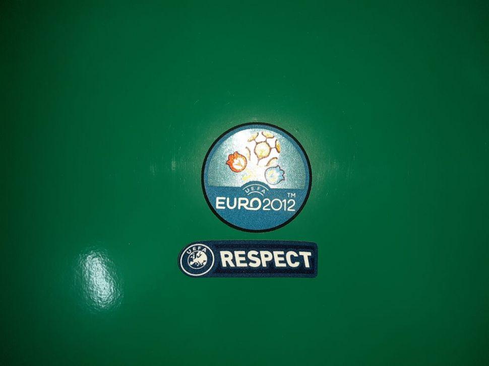 Patch UEFA EURO 2012 & Respect badge logo