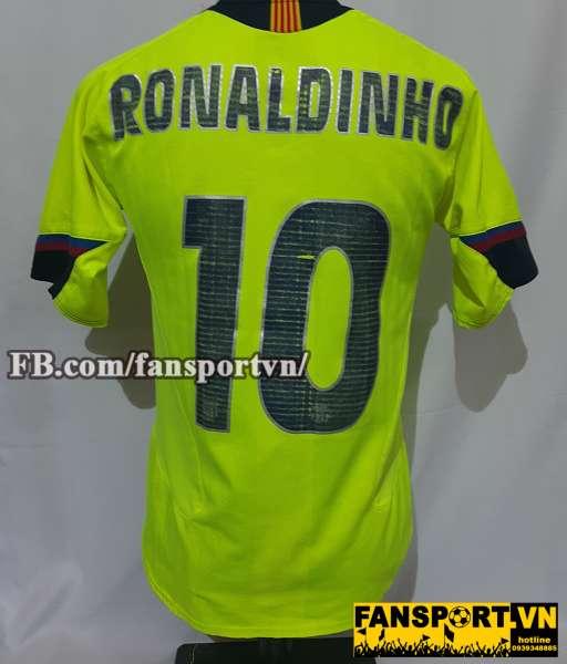 Áo đấu Ronaldinho #10 Barcelona 2005-2006 away shirt jersey yellow