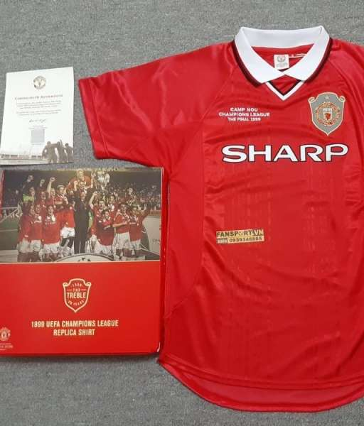Box shirt Manchester United 1999 Champion League Final limited edition