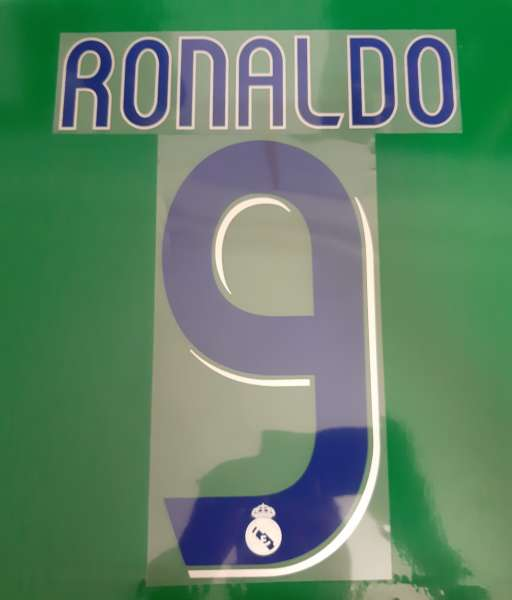 Font Ronaldo #9 Real Madrid 2006-2007 home shirt blue nameset
