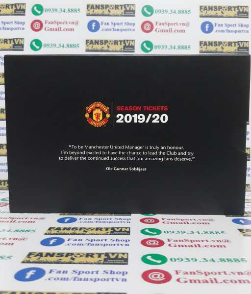 Hộp season ticket Manchester United 2019-2020 pen badge black box
