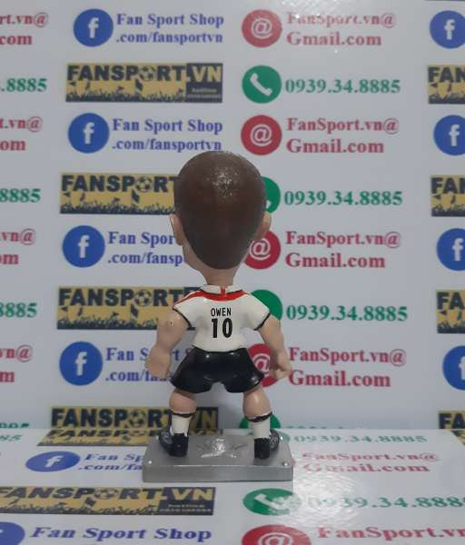 Tượng Michael Owen England 2003-2005 home grey base figure