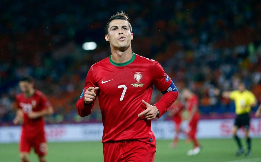 Áo đấu Portugal 2012-2014 home shirt jersey red