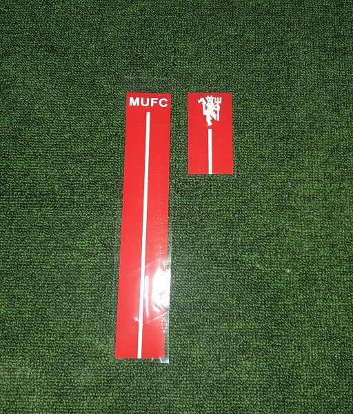 Decal màu đỏ cho áo sân khách Manchester United 2007-2008 away