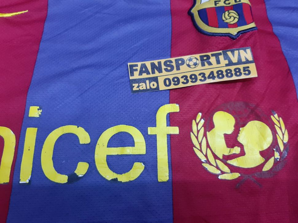 Áo đấu Barcelona 2010-2011 home shirt jersey red blue