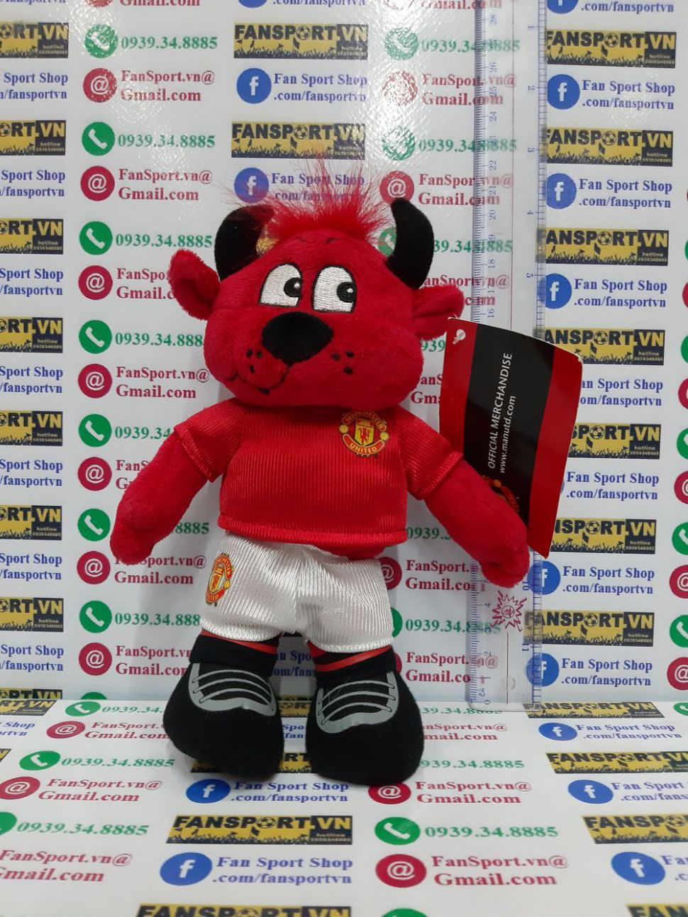 Fred the Red mastcos Manchester United red