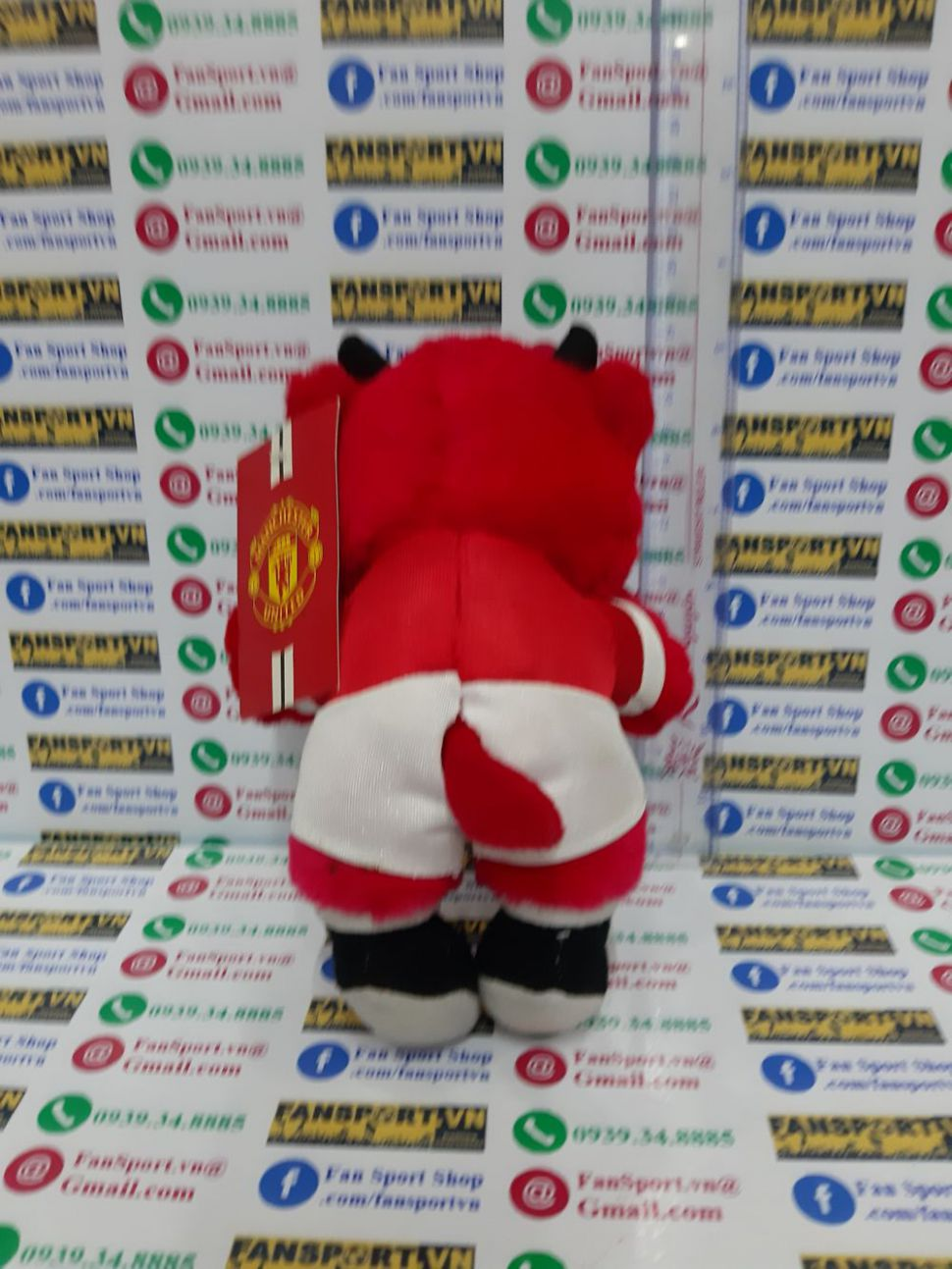 Fred the Red mastcos Manchester United red AIG