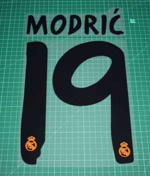 Font Modric #19 Real Madrid 2013-2014 home away black nameset