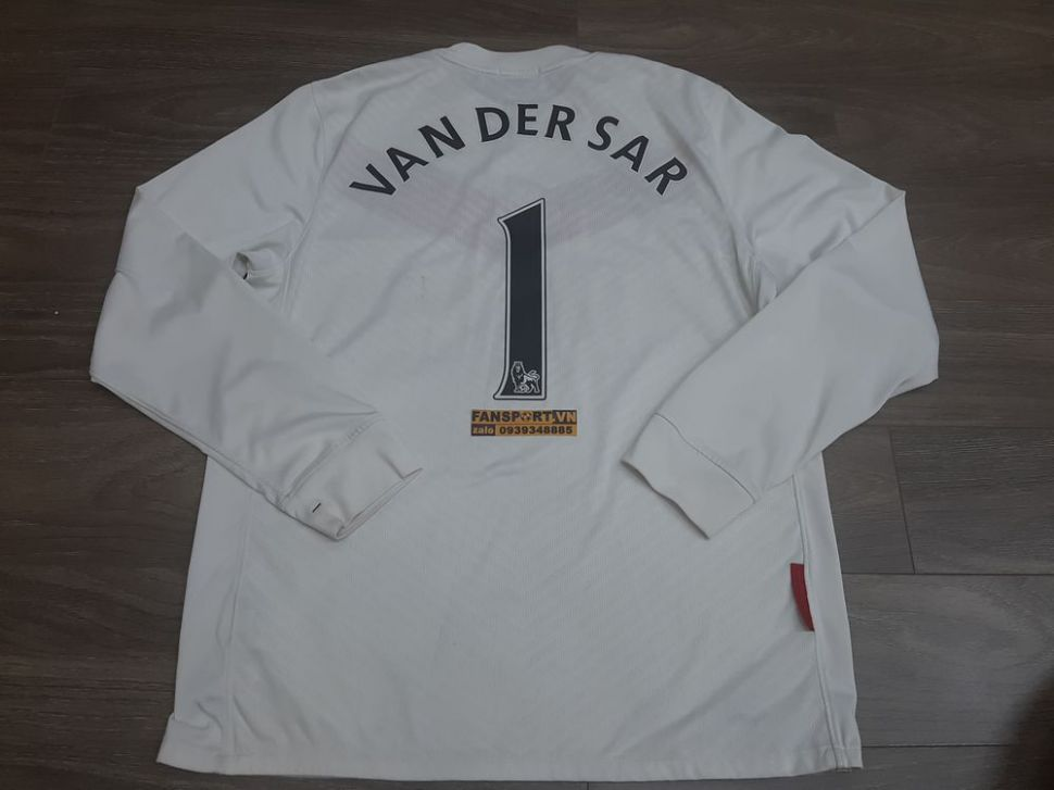 Áo Van Der Sar #1 Manchester United 2009-2010 home goalkeeper shirt