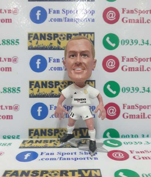 Tượng Michael Owen #11 Real Madrid 2005-2006 home figure stand star