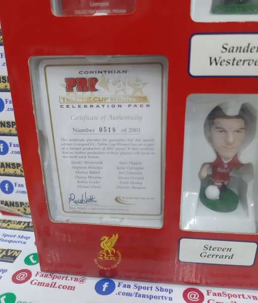 Box Liverpool 2000-2001 Treble winner Celebration pack corinthian 0518