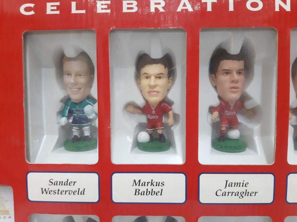 Box Liverpool 2000-2001 Treble winner Celebration pack corinthian 0518