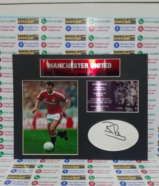 Ảnh chữ ký Bryan Robson Manchester united signed frame photo