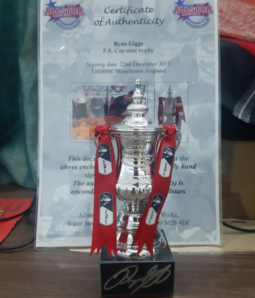 FA Cup trophy Ryan Giggs signed all star signings 15cm COA