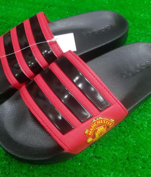 Dép Manchester United Adidas red black Adilette shower slides FW7072