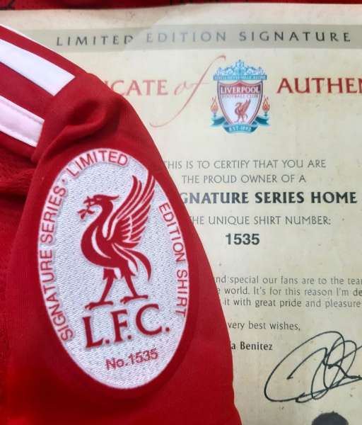 Box Liverpool 2008-2010 home shirt limited Torres, Gerrard signed