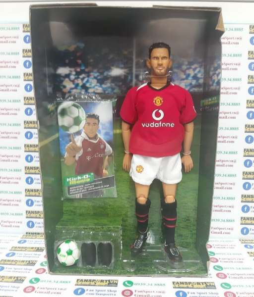 Tượng Giggs #11 Manchester United 2004-2006 home Kick-O-Mania figures