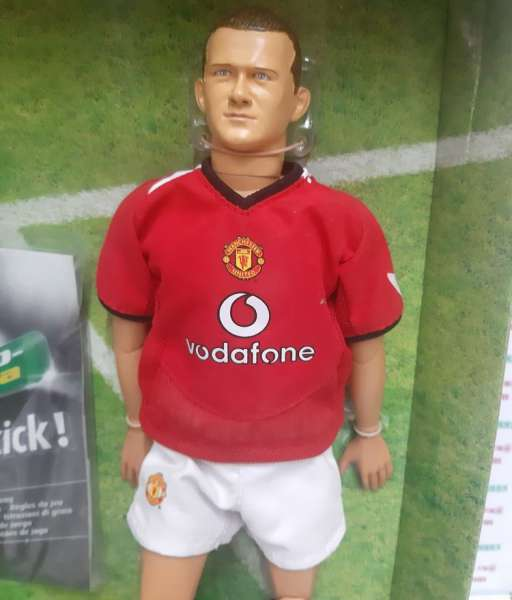 Tượng Rooney #8 Manchester United 2004-2006 home Kick-O-Mania figures