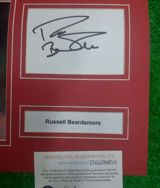 Photo chữ ký Russell Beardsmore Manchester United signed