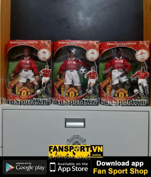 Set tượng Manchester United Hero Treble 1999 Beckham Giggs Yorke box