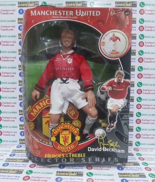 Tượng Beckham 7 Manchester United Hero Treble 1998-1999 figure box