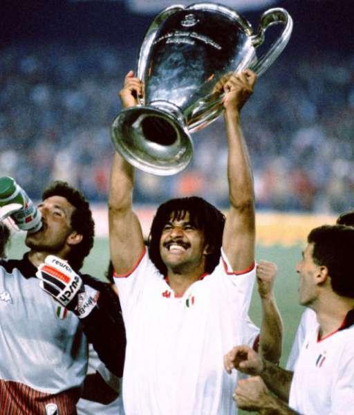 1989 AC Milan European Cup gold medal final huy chương 1988
