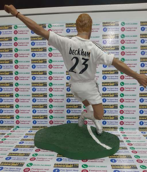 Tượng Beckham Real Madrid 2005-2006 home FT Champs 12inch 30cm figure