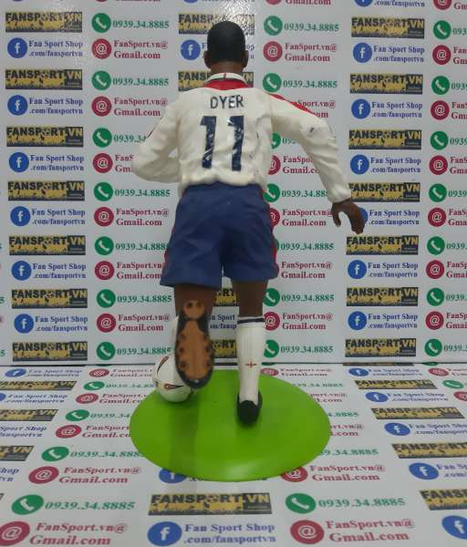 Tượng Kieron Dyer 11 England 2003 2004 2005 home figure 25cm