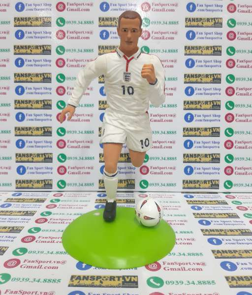 Tượng Michael Owen 10 England 2003 2004 2005 home figure 25cm