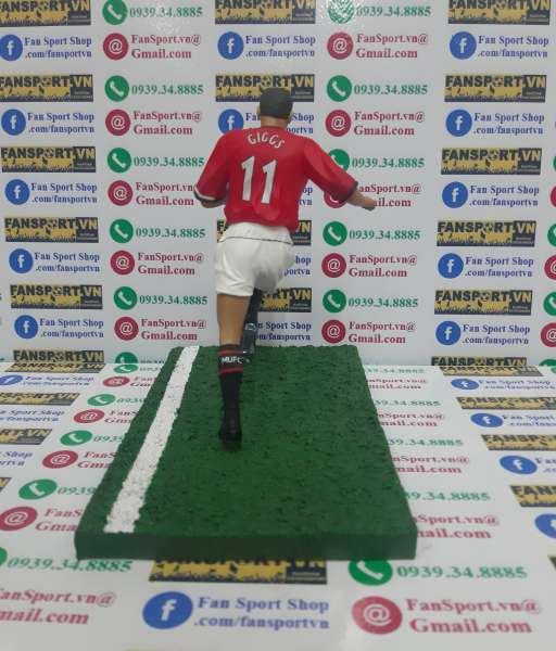 Tượng Giggs #11 Manchester United 2004-2006 home figure FT Champs