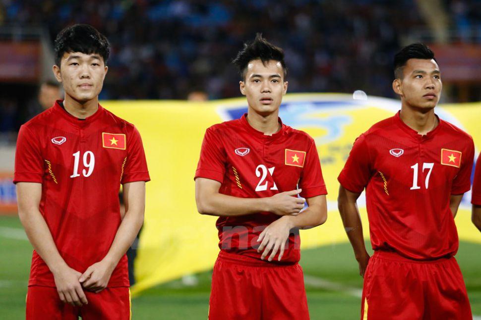 Áo đấu Việt Nam 2016 home đỏ Grand Sport fan Vietnam shirt jersey L